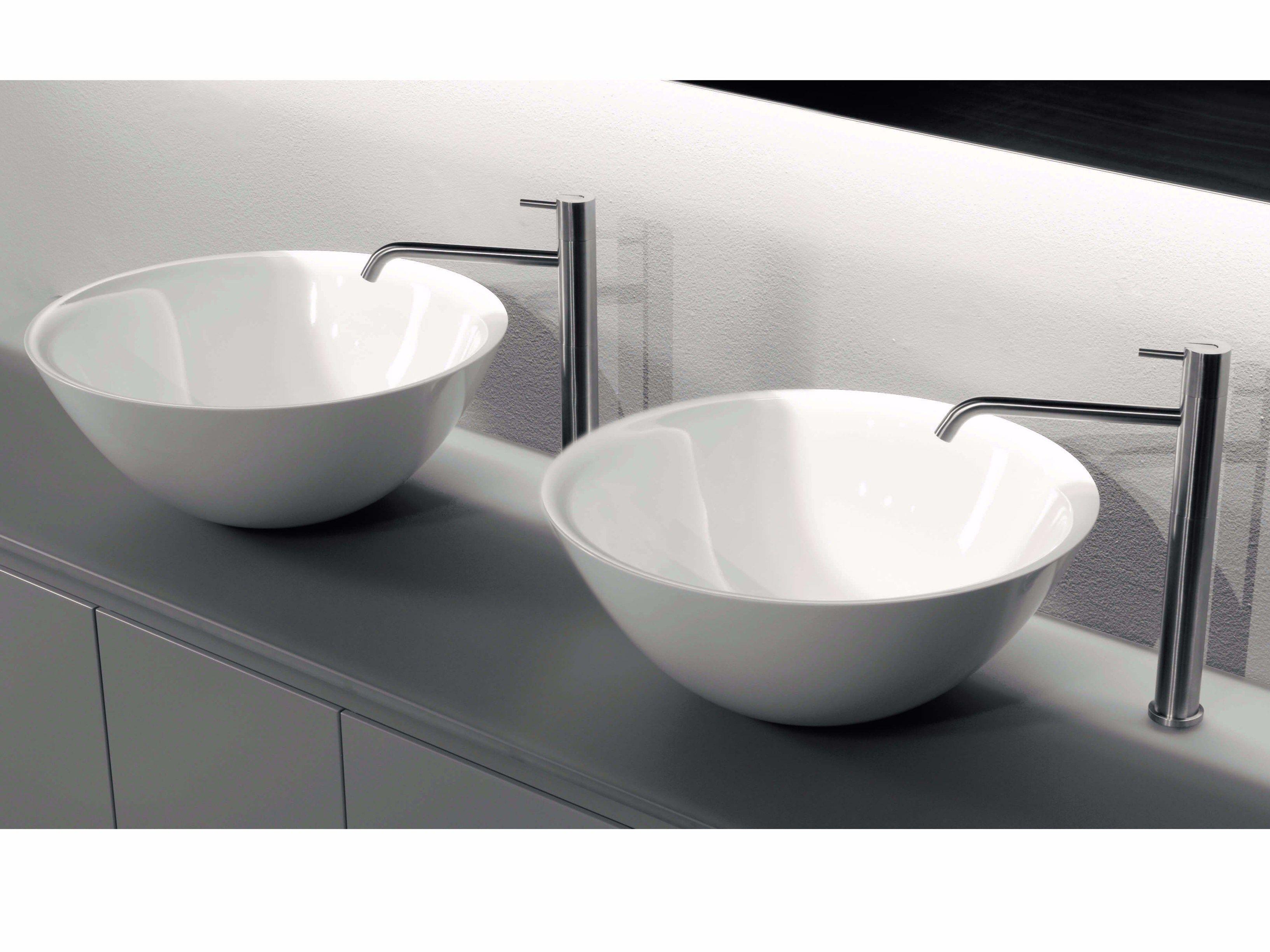 Lavabo da appoggio in Ceramilux® BOLO By Antonio Lupi Design