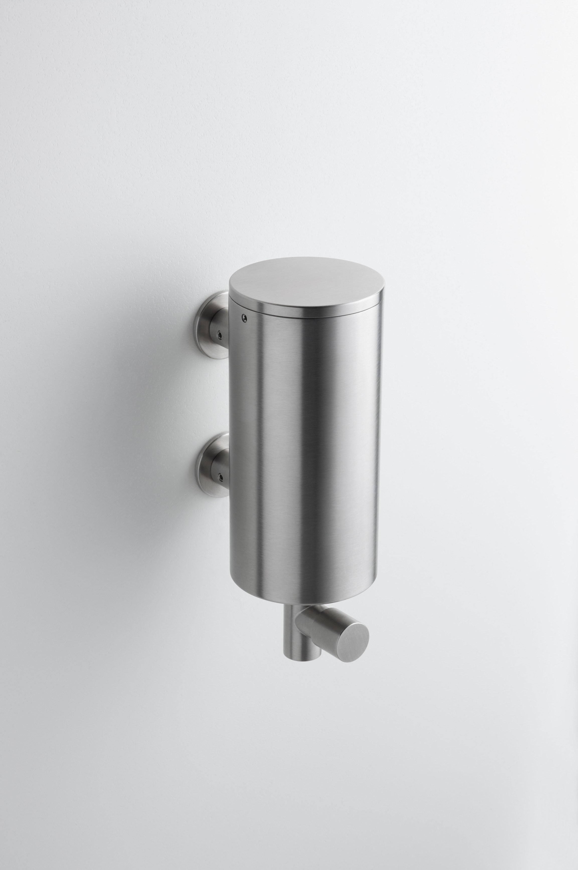 T10 Liquid Soap Dispenser By Vola