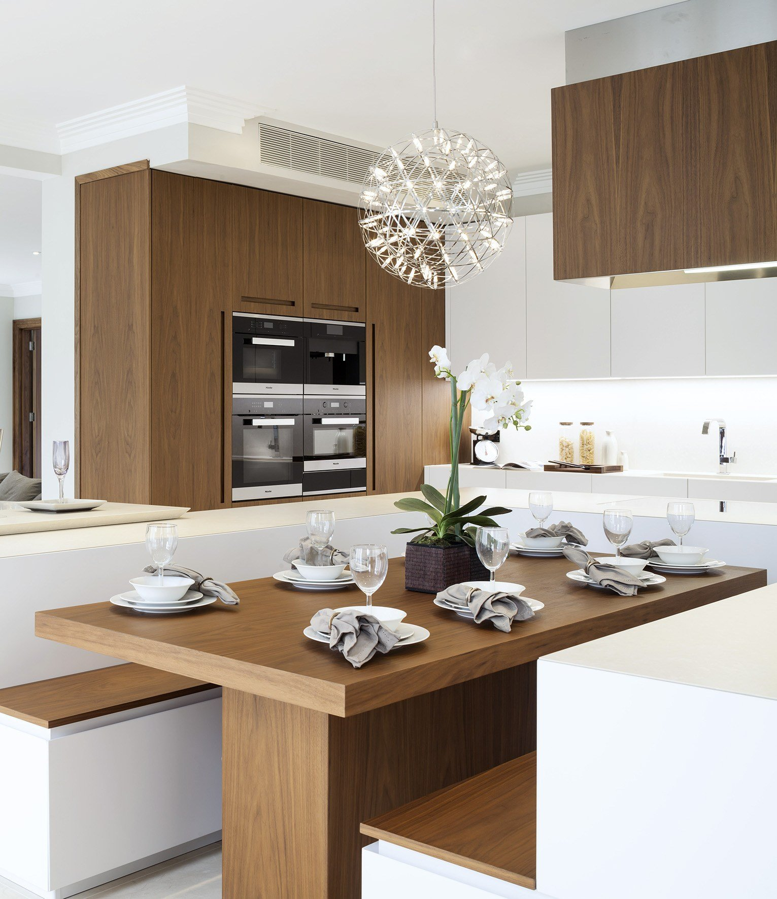 Awesome cucine con panca pictures - Foto cucine con isola ...