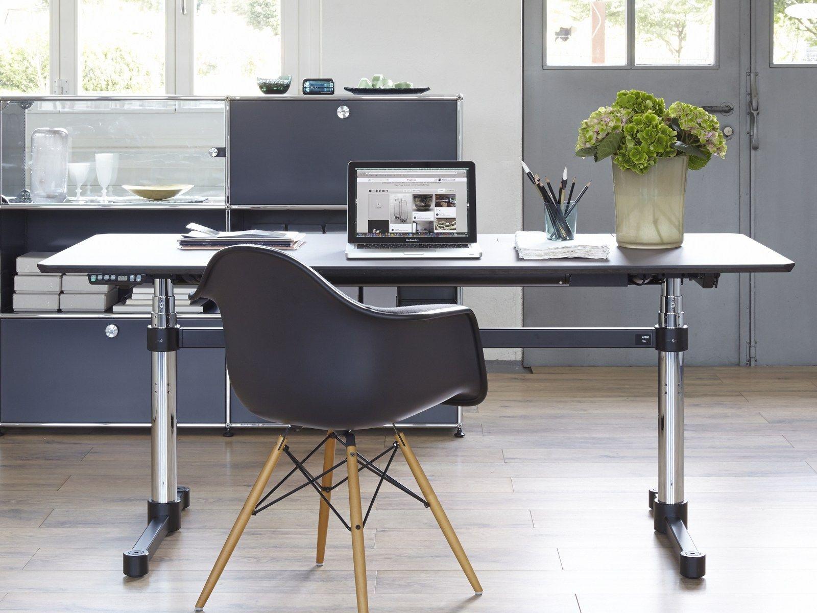usm kitos m height adjustable office desk by usm. Black Bedroom Furniture Sets. Home Design Ideas