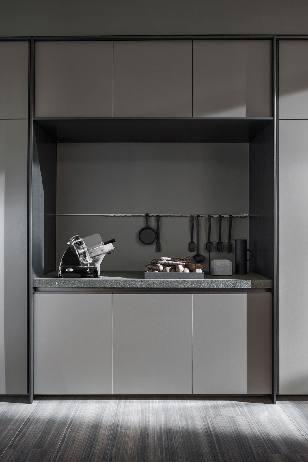 Vvd Kitchen With Island By Dada Design Vincent Van Duysen