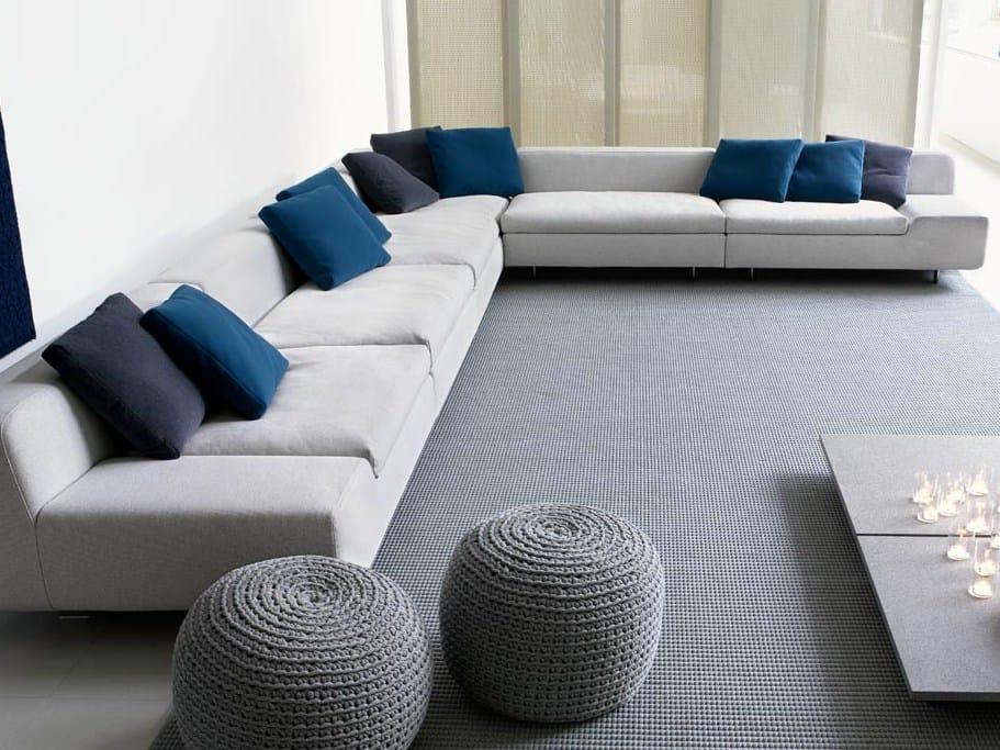 Cuscino by paola lenti - Cuscini moderni divano ...