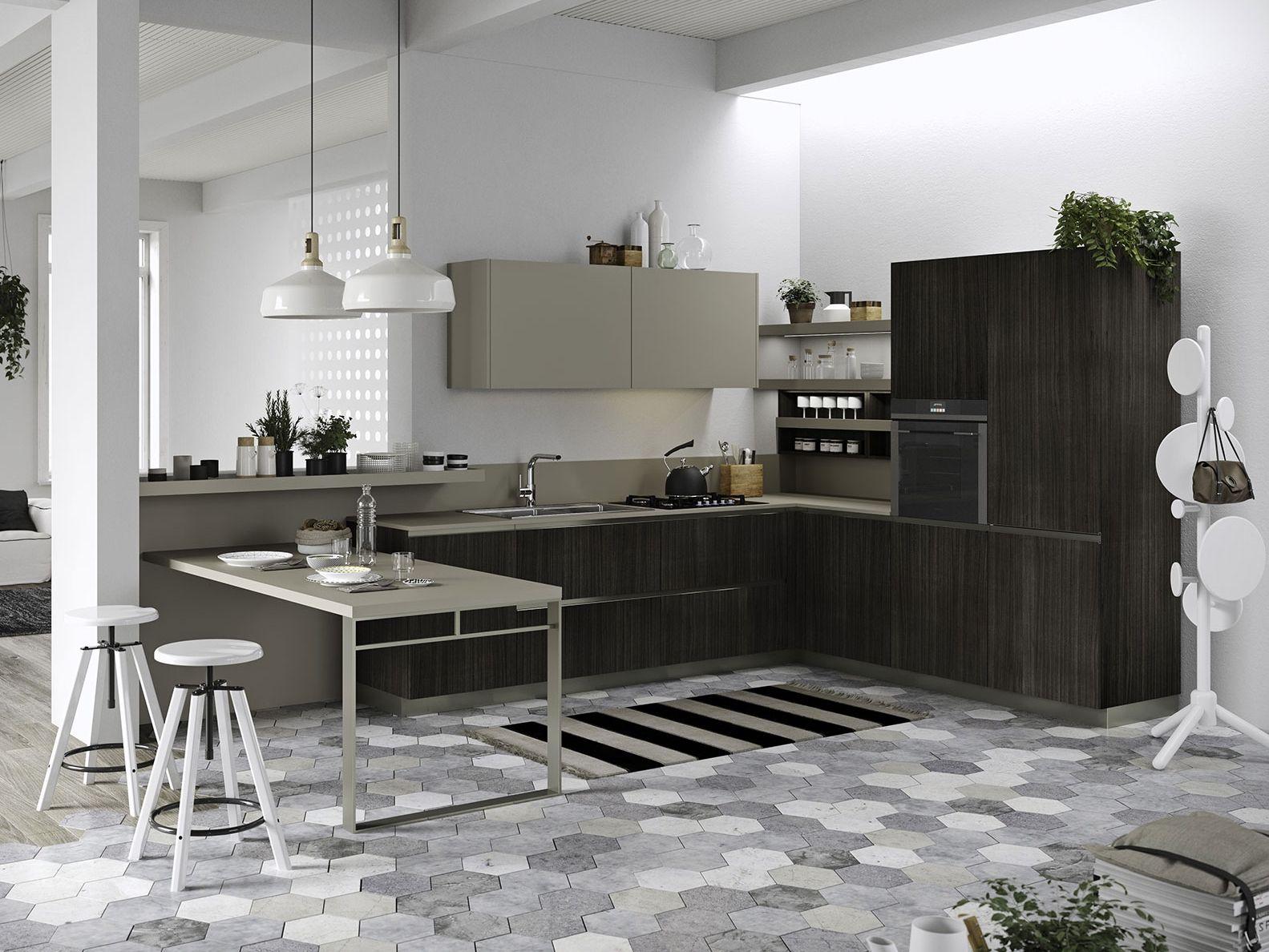 Joy cucina con penisola collezione everyone by snaidero for Piccole cucine con penisola