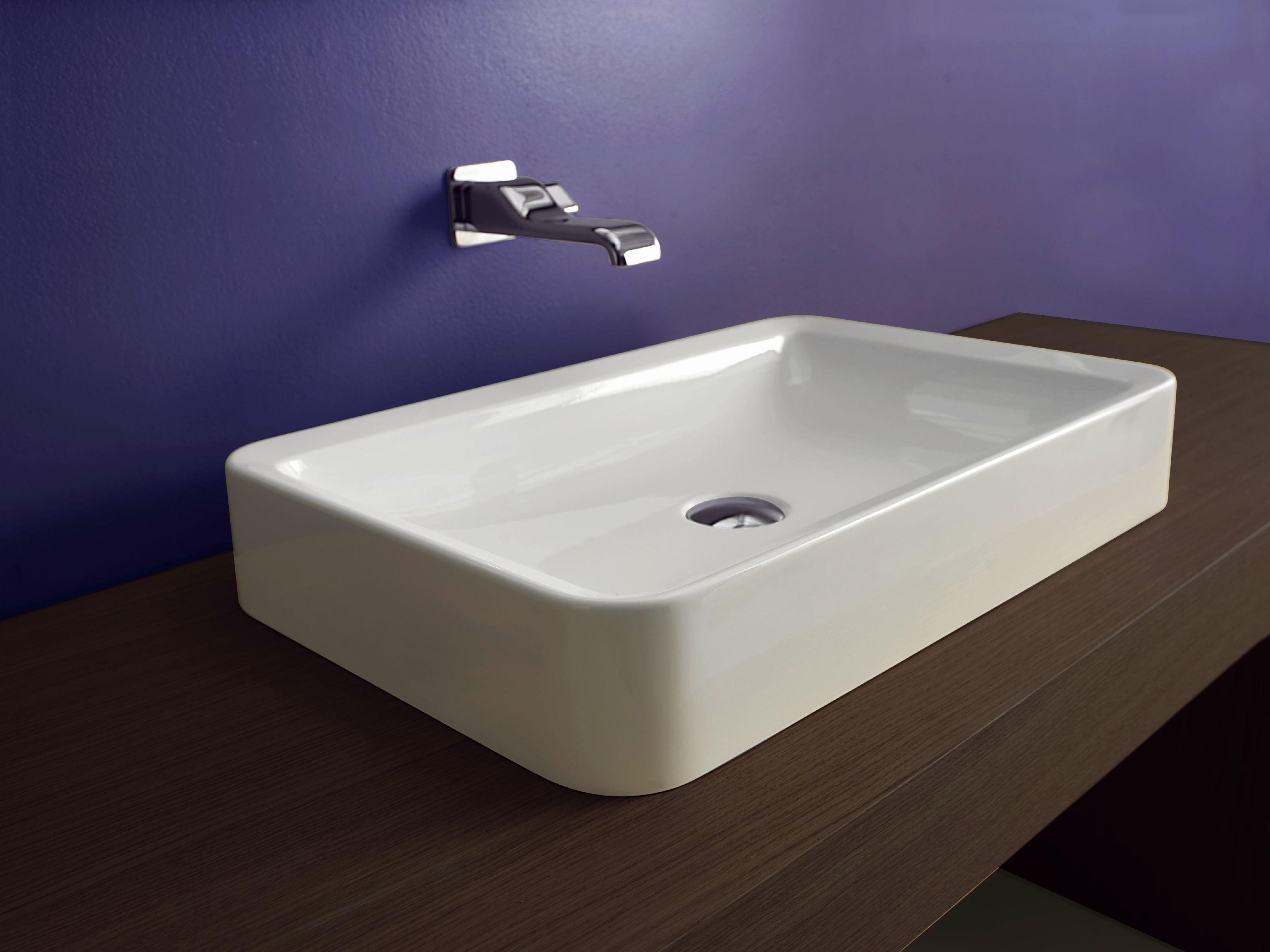 Lavabo cuadrado sobre encimera lavabo olea cuadrado sobre for Lavabo cuadrado