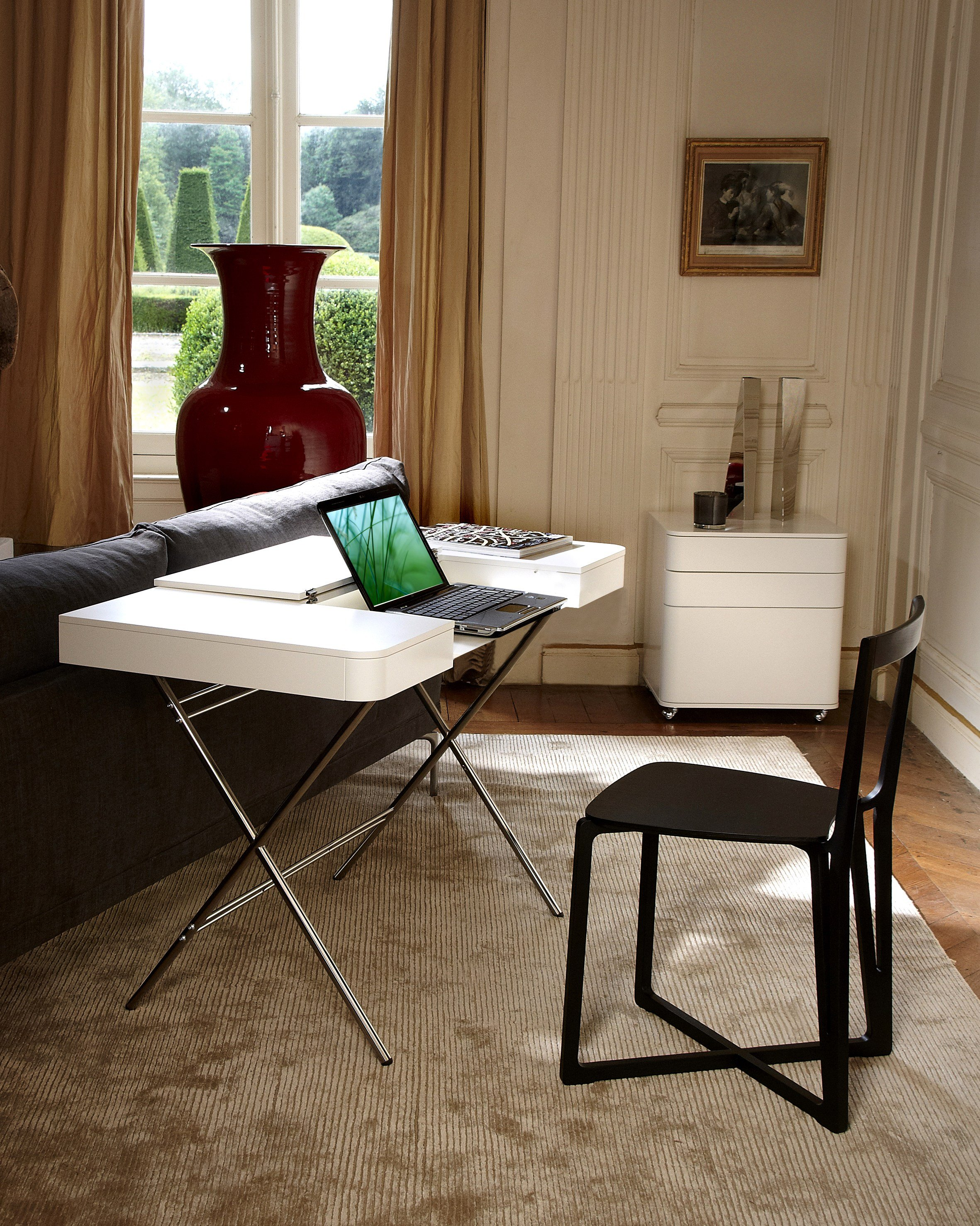 Glossy Lacquered MDF Writing Desk COSIMO LAQUÉ BRILLANT By Adentro Design  Marco Zanuso
