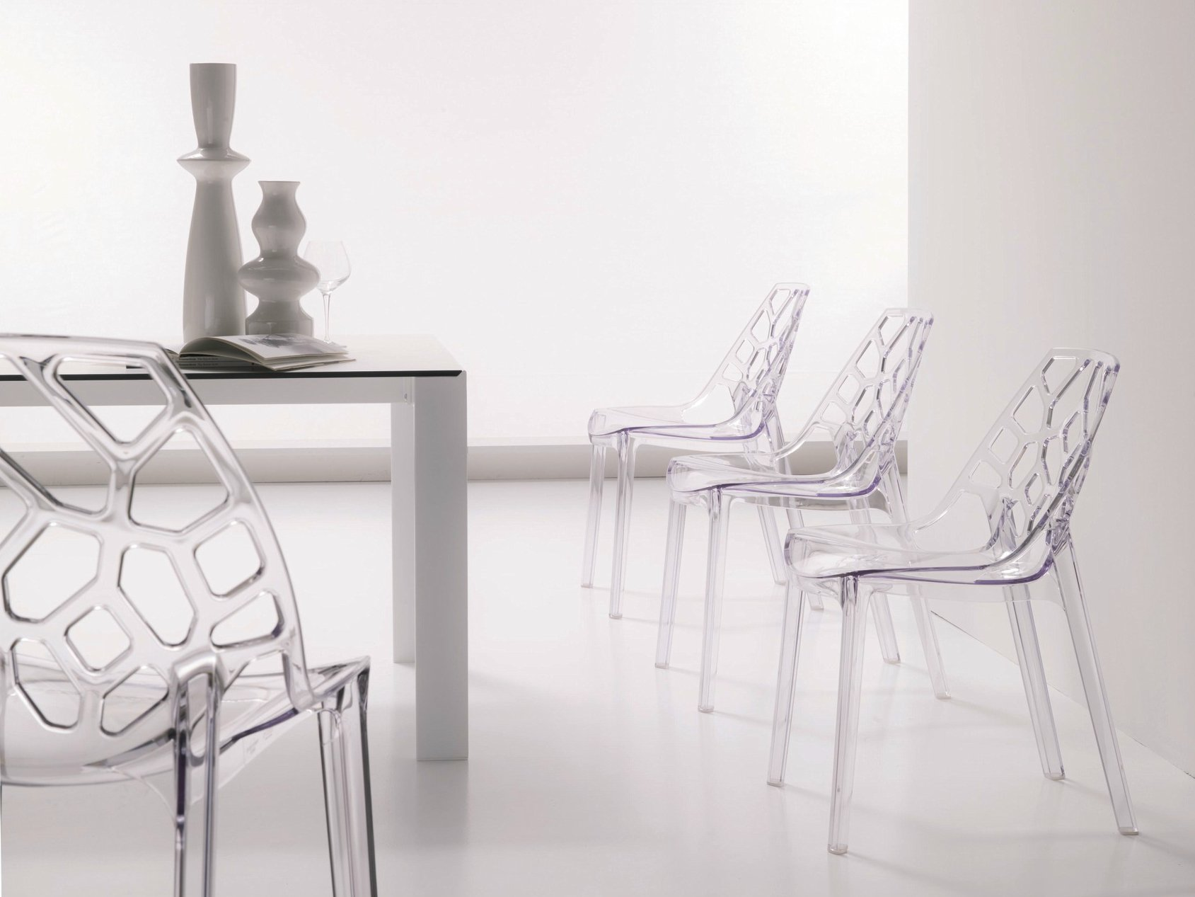 Polycarbonate chair ARIA By Bontempi