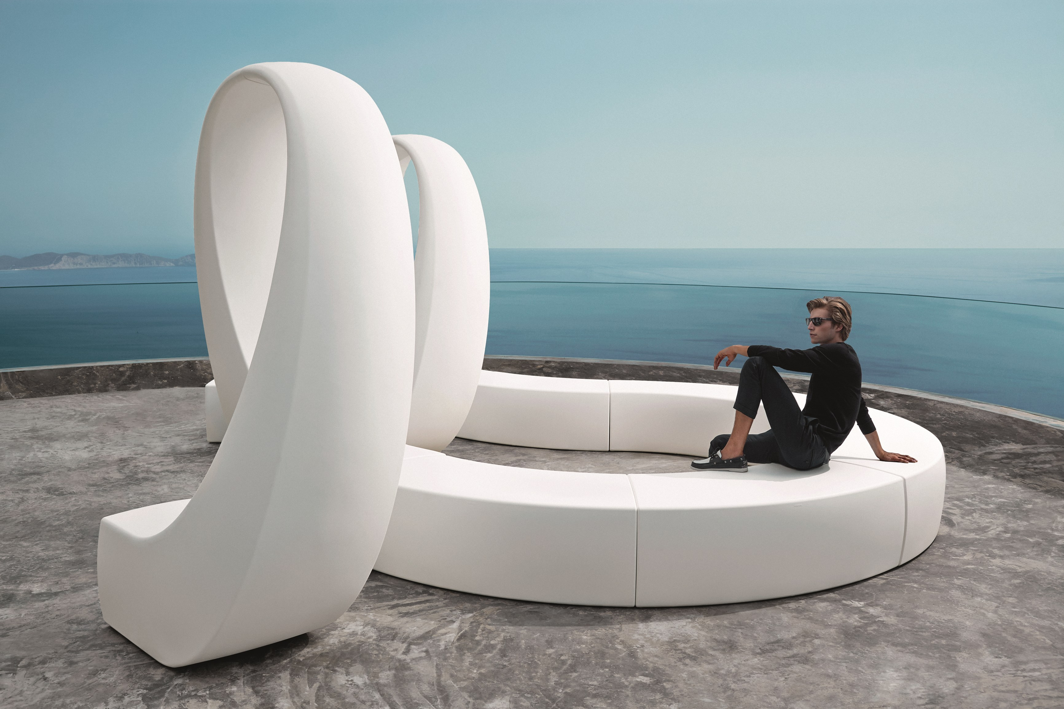 banc de jardin composable and by vondom design fabio novembre. Black Bedroom Furniture Sets. Home Design Ideas
