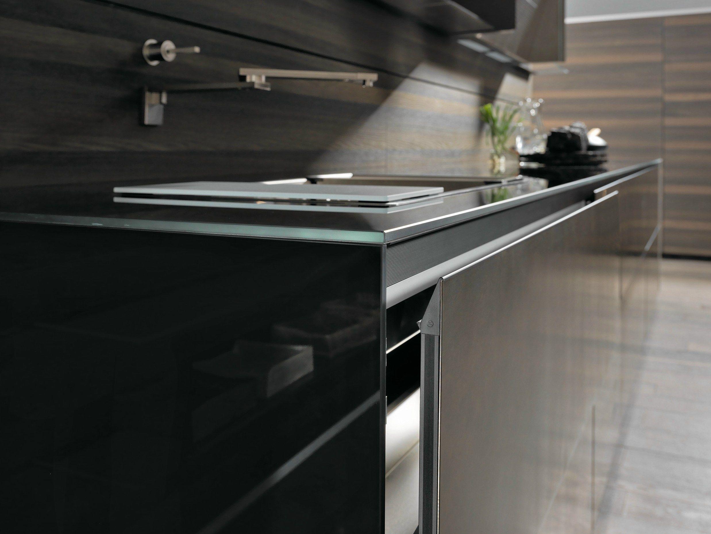 Zeilen  Einbauküche Aus Stahl RICICLANTICA INOX TOUCH By VALCUCINE Design  Gabriele Centazzo