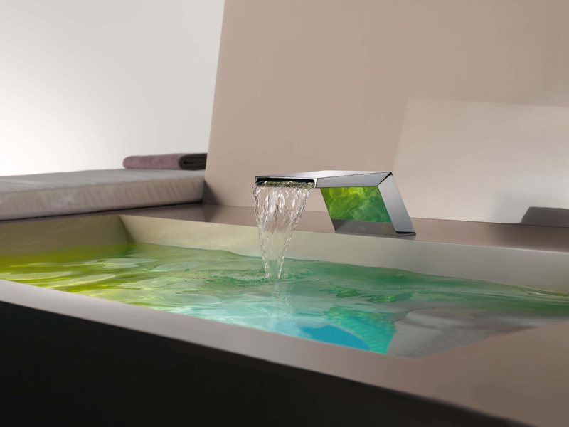 Bocca di erogazione a cascata per vasca SUPERNOVA by Dornbracht design Sieger Design