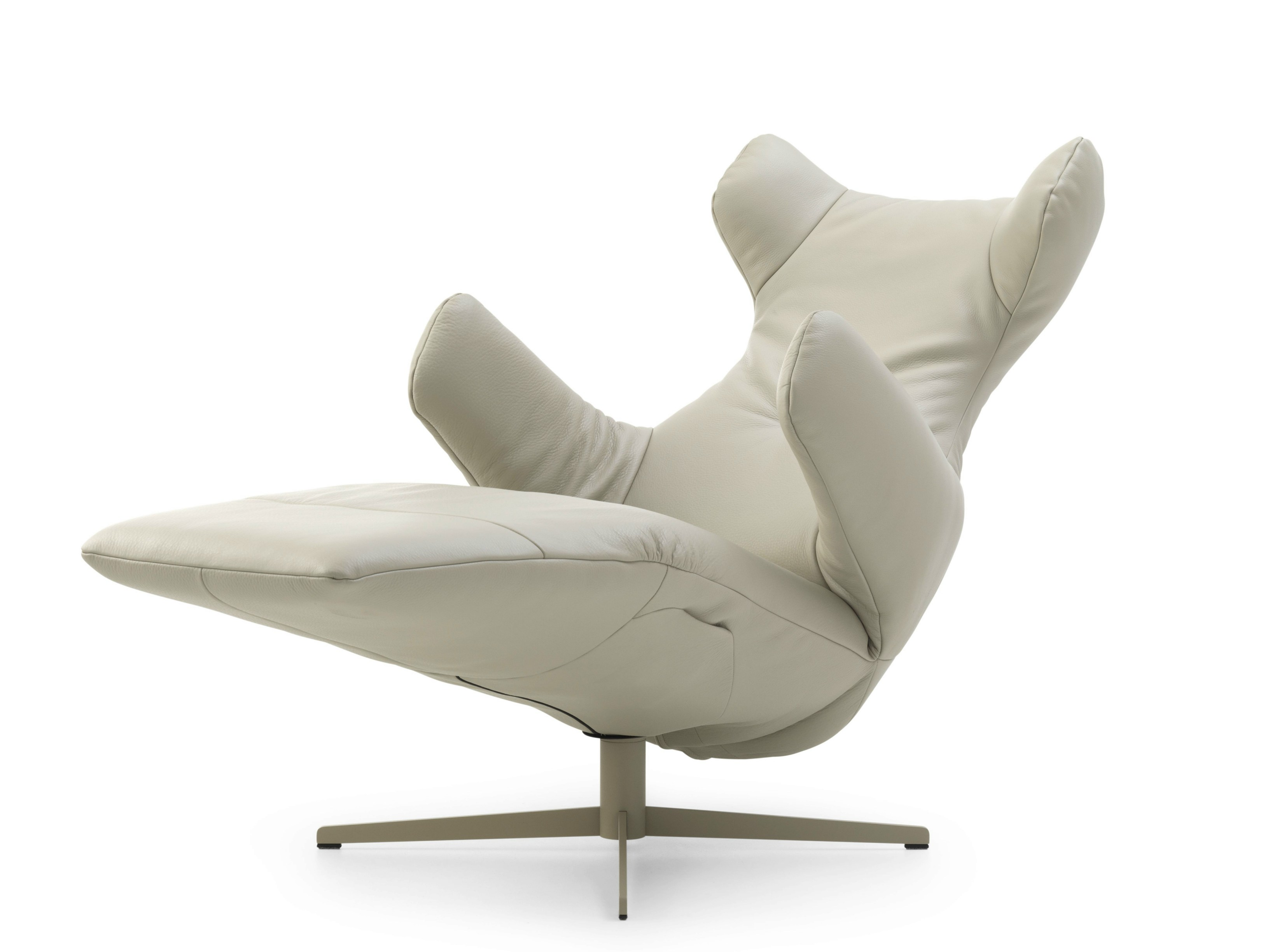 Swivel Leather Armchair PARABOLICA   ART EDITION By LEOLUX Design Stefan  Heiliger