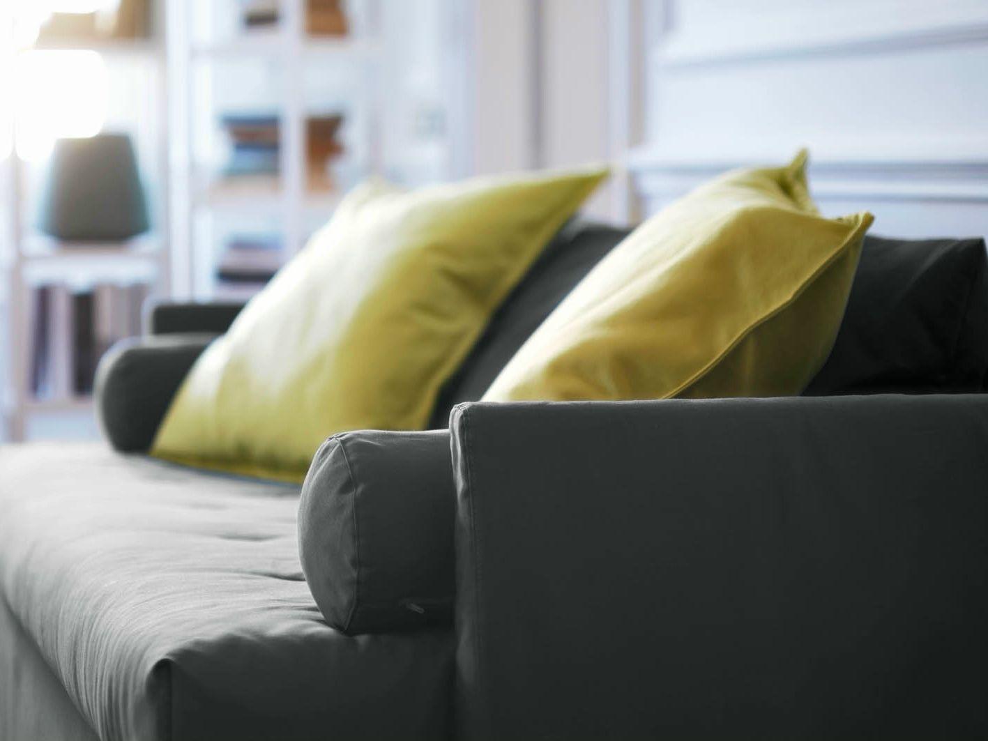 schlafsofa aus stoff bali by horm design giulio manzoni, Wohnzimmer dekoo