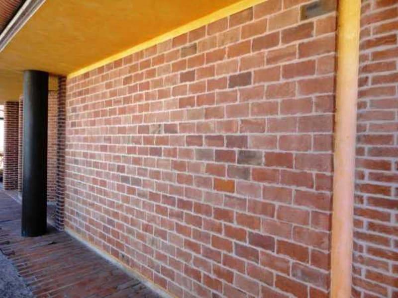 Mattone in laterizio per muratura facciavista mattoni a for Rivestimento in mattoni per case