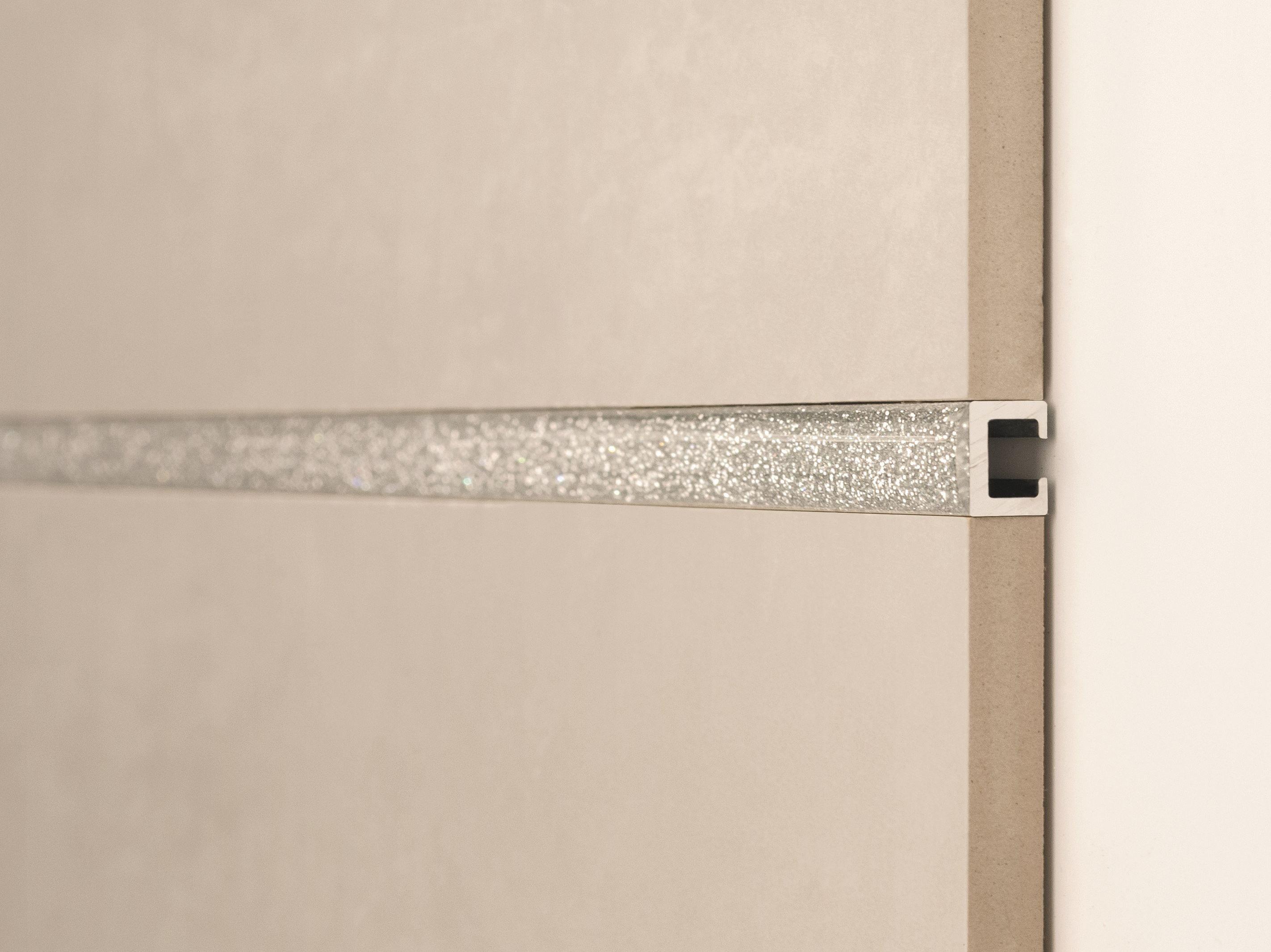 Bordo decorativo per rivestimenti listec li 10 glitter by - Listelli decorativi per bagno ...