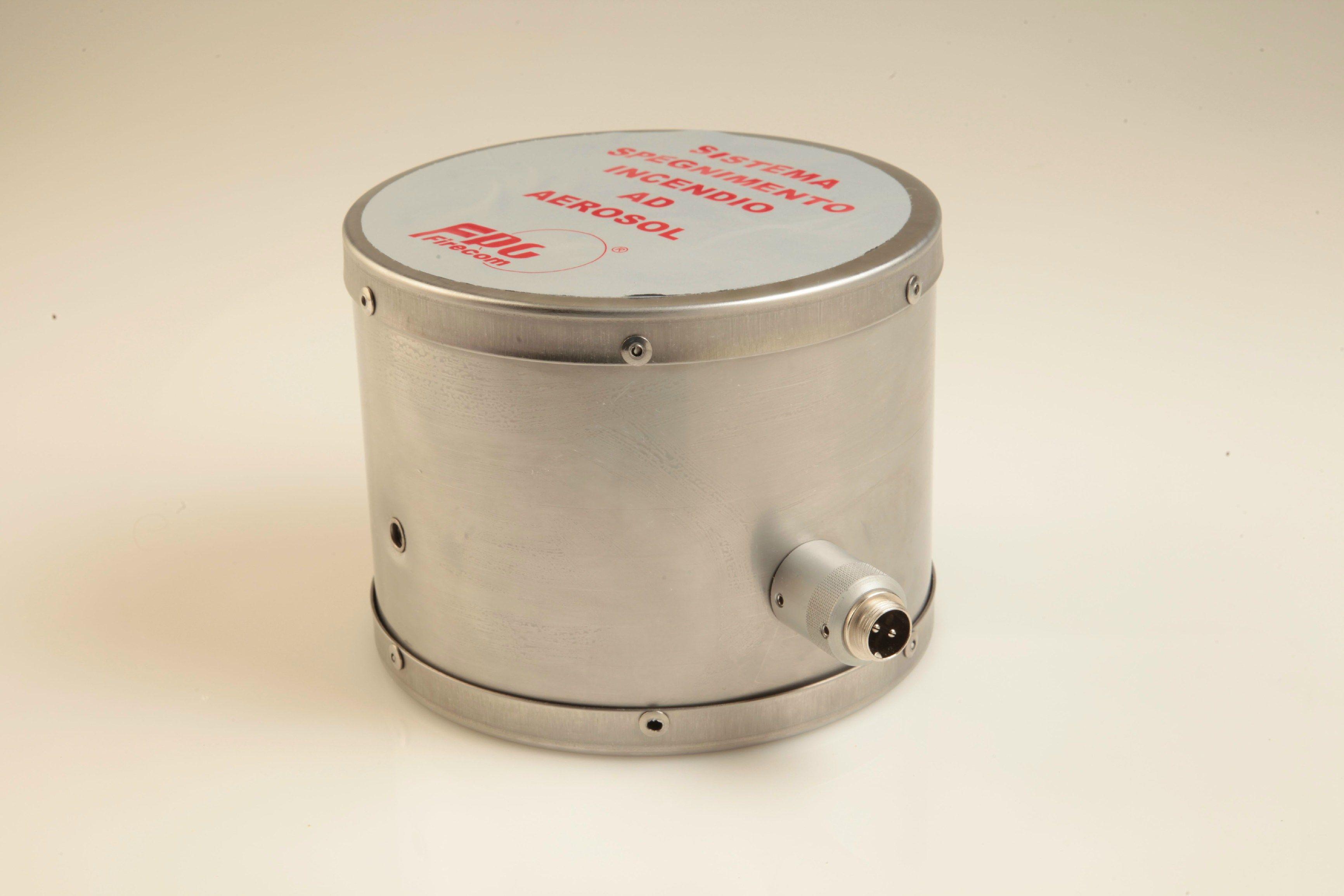 Generatore ad aerosol con erogazione frontale. Compoun estinguente g 715