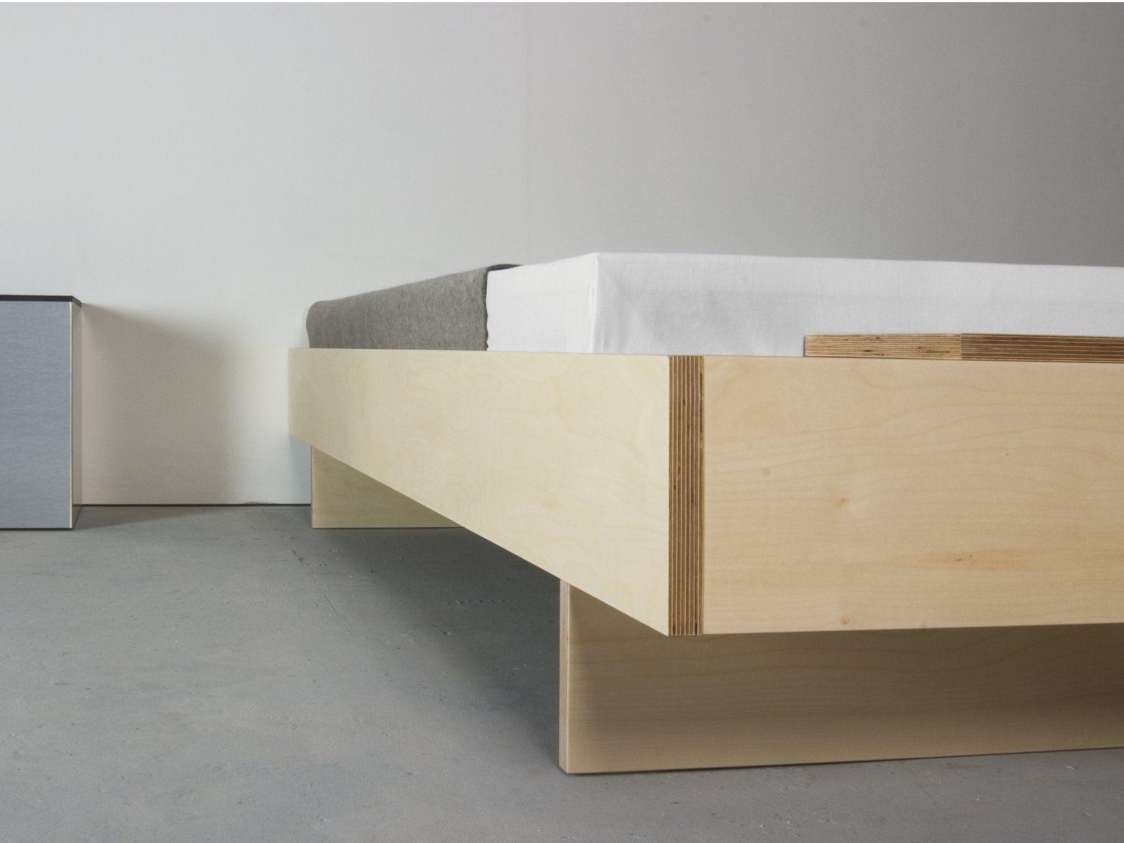 Letto con testiera contenitore bezwei by sanktjohanser design matthias hubert sanktjohanser - Testiera letto design ...
