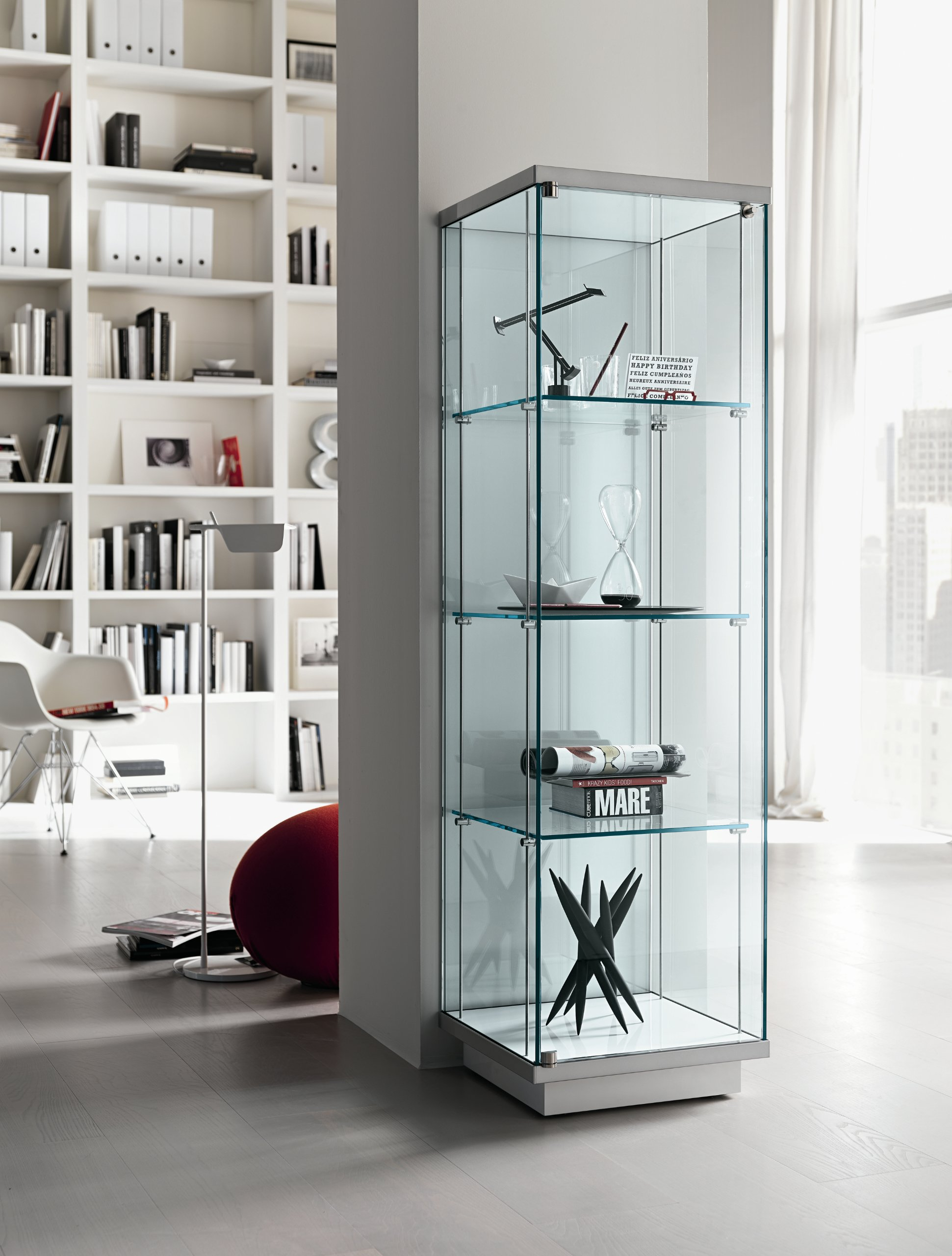 Broadway display cabinet by tonelli design design for Vitrinas modernas para salon