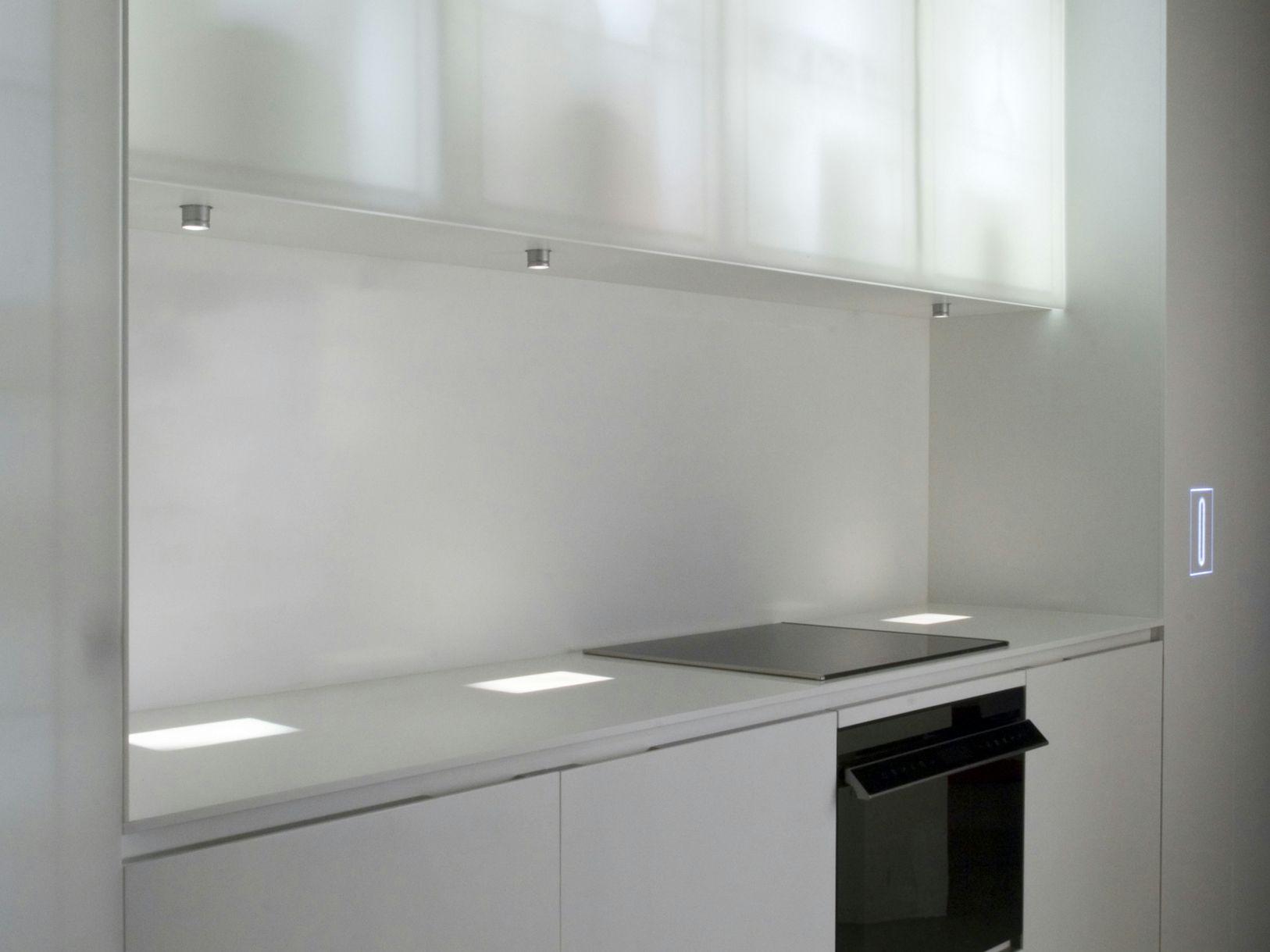 Küche Aus Corian® Mit Kücheninsel CORIAN® NOUVEL LUMIERES By ERNESTOMEDA  Design Jean Nouvel