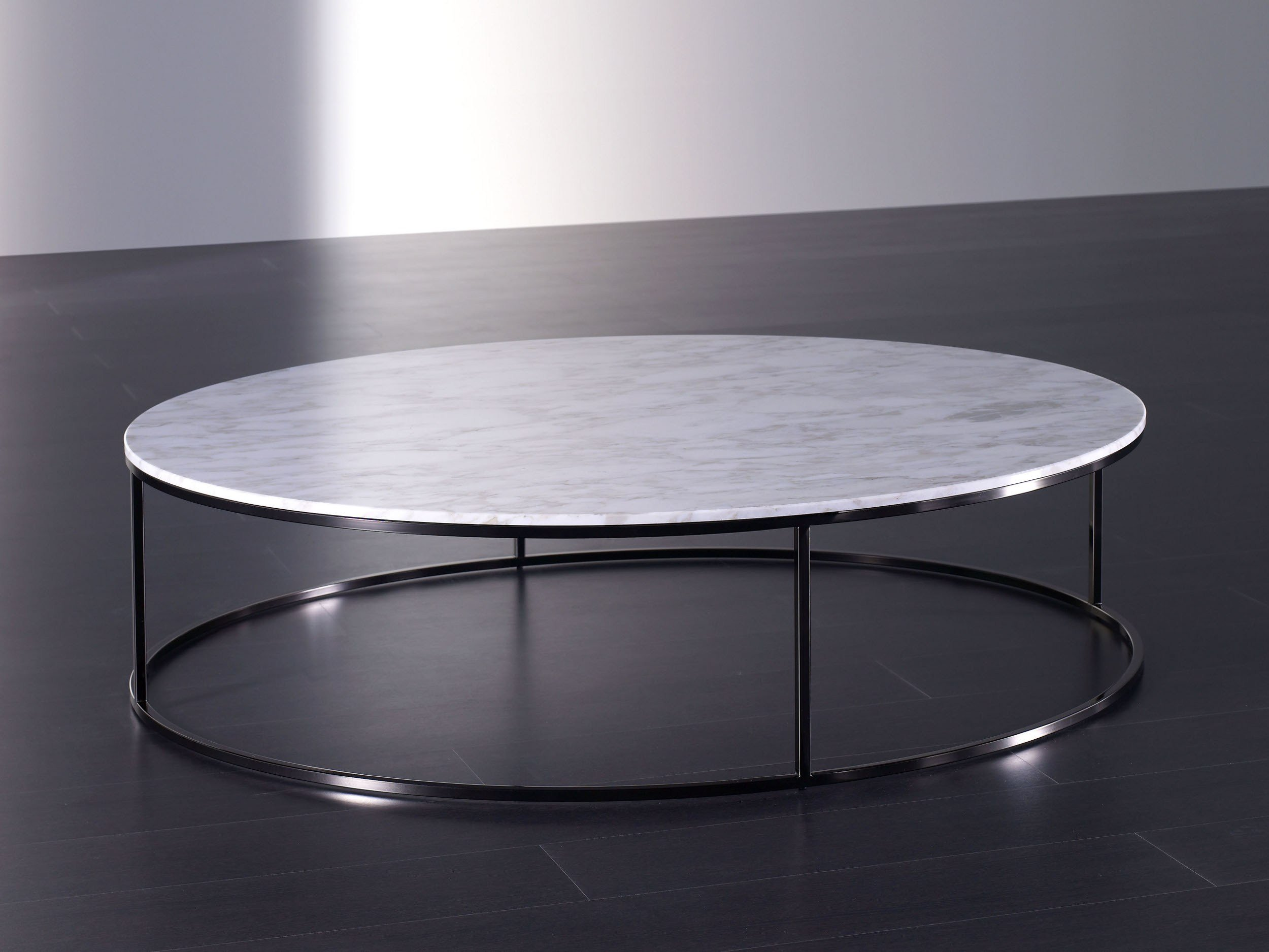 Low round coffee table BONGO By Meridiani design Andrea Parisio