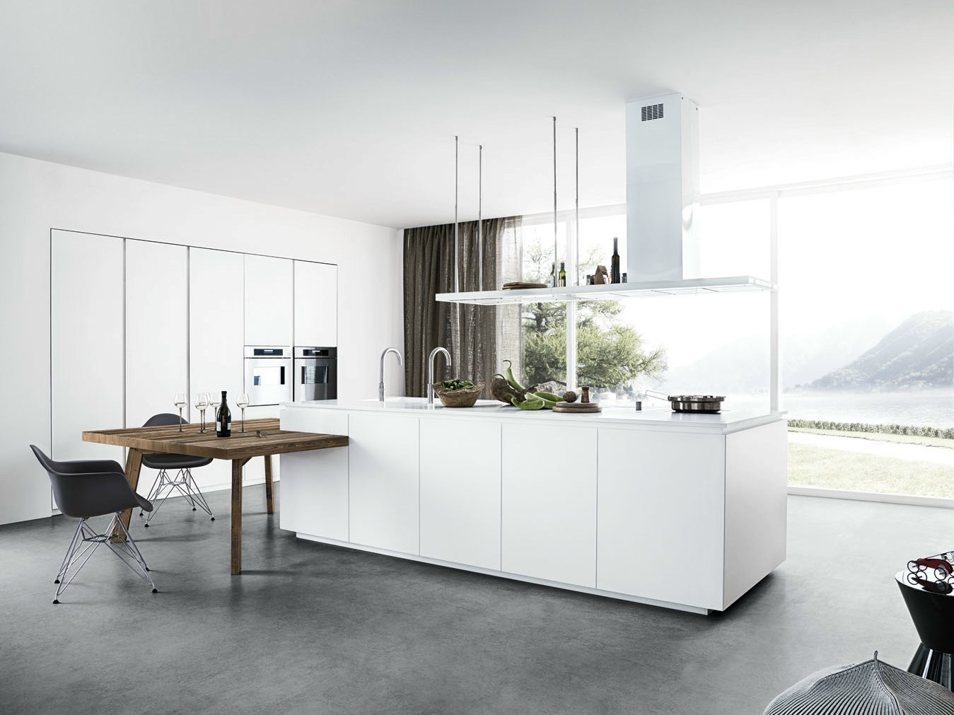 Lacquered kitchen with island without handles cloe - Zoccolo cucina ...