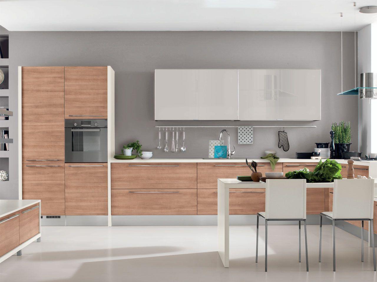 NOEMI | Wooden kitchen By Cucine Lube design Studio Ferriani