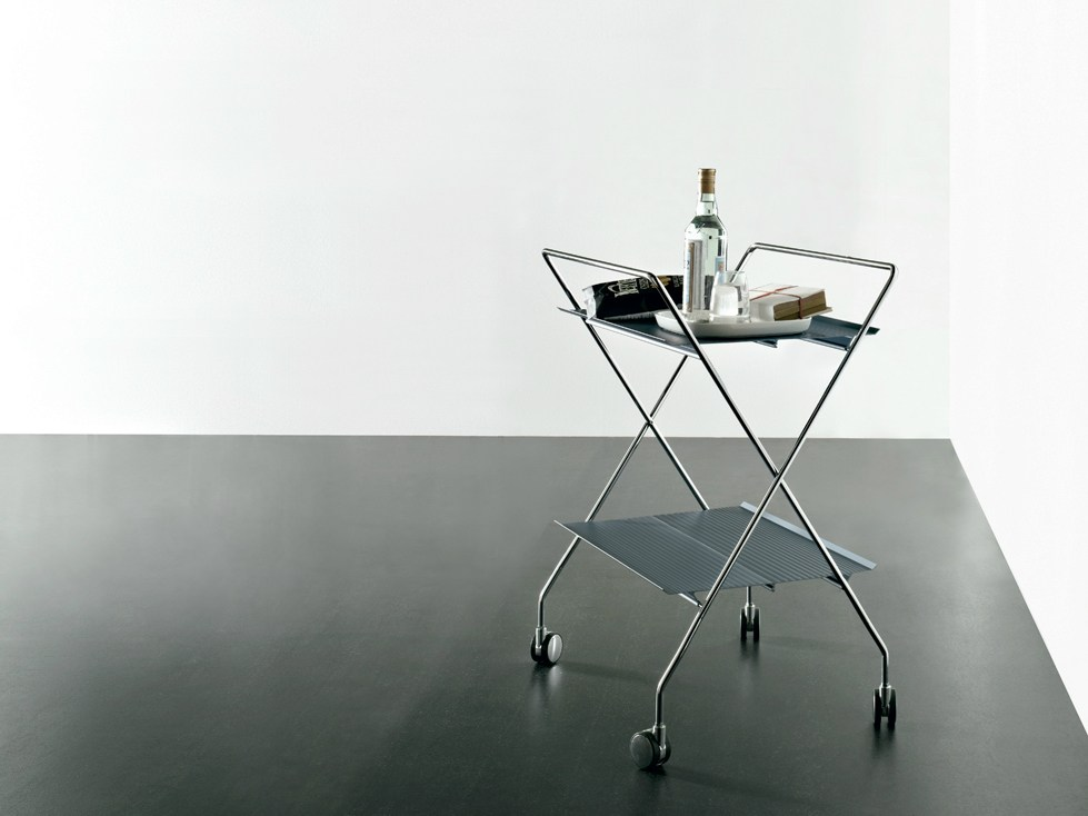 table roulante pliante en aluminium extrud t tap by. Black Bedroom Furniture Sets. Home Design Ideas