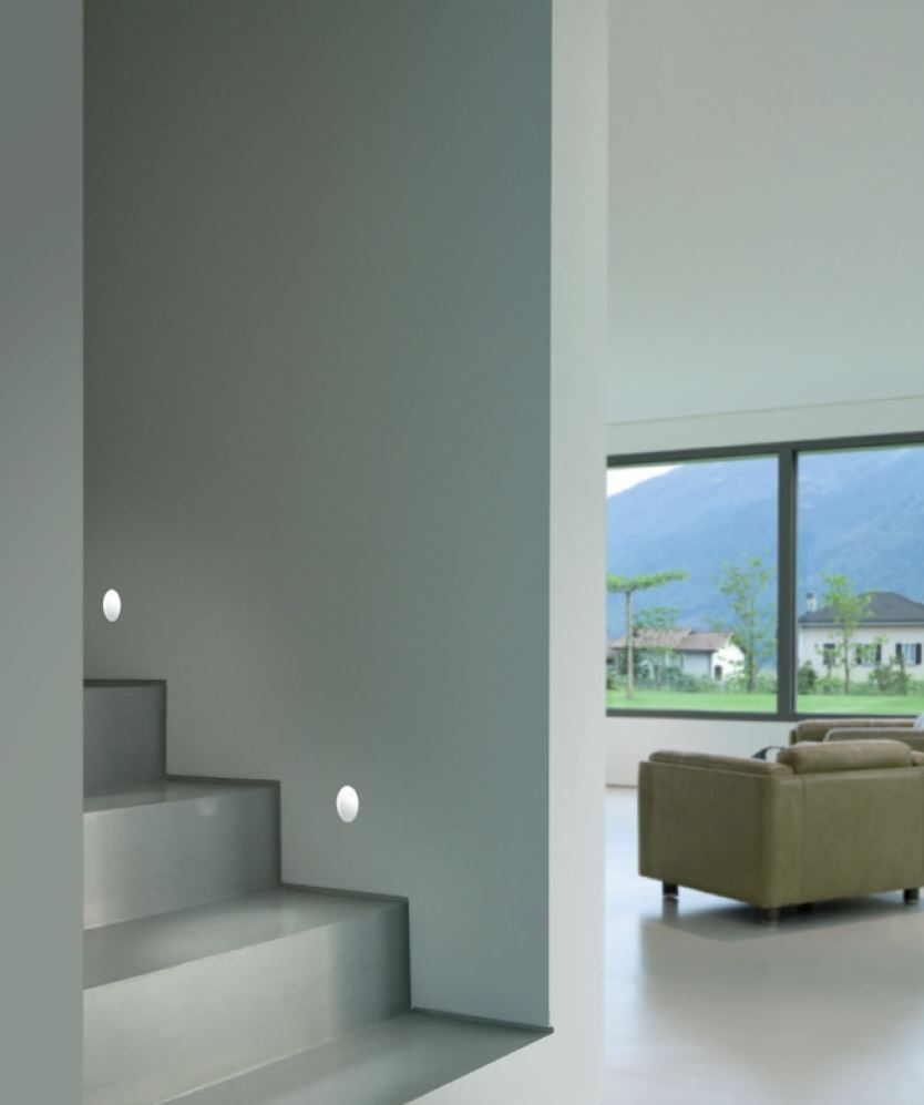 Xgr1024 segnapasso by panzeri for Segnapasso led per scale interne