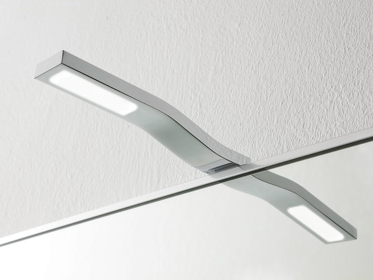 Applique pour salle de bain led stem by rexa design for Luminaire salle de bain led