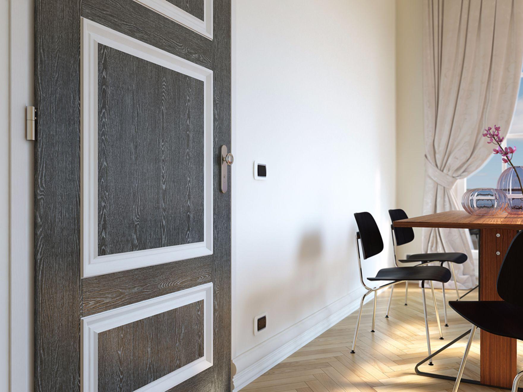 12_parete-grigio-scuro-fondale-camera-da-letto-solo-soffitto-nero .... travi a vista - bianche ...