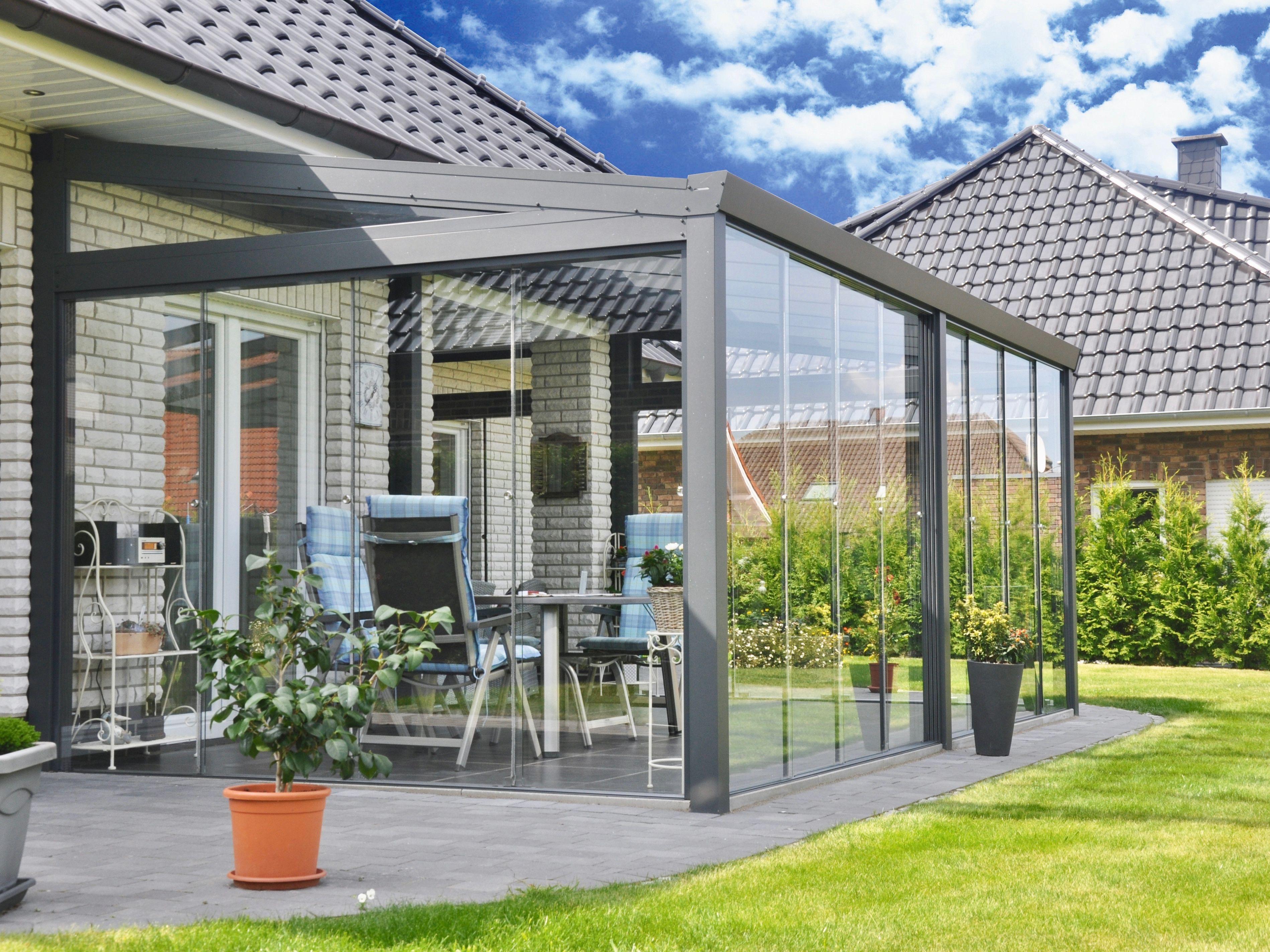 Veranda con vetrate scorrevoli by gardendreams for Vetrate scorrevoli