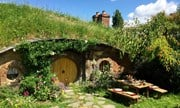Case sugli alberi e case degli hobbit tra le nuove soluzioni ricettive in Piemonte