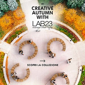 Panchina modulare in legno per l'outdoor: Variations by Lab23